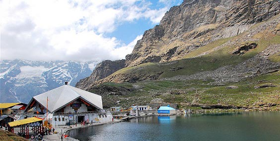 Chardham Tour with Hemkund Sahib
